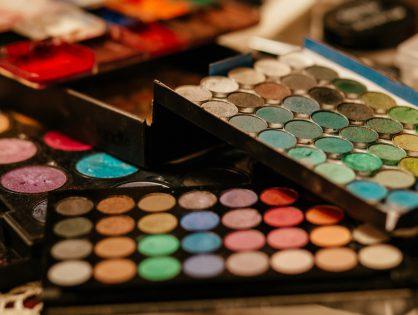 10 Iconic Celebrity Makeup Looks