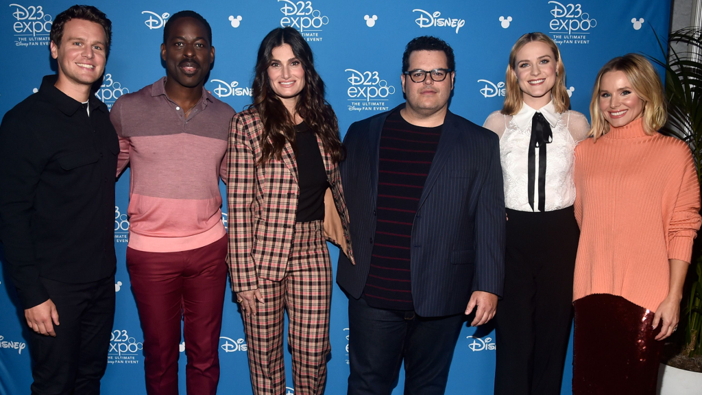 """The cast of """"Frozen 2"""" at the D23 Expo"""