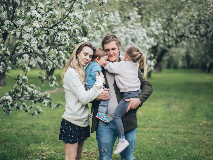 The Activity Guide To Enjoy Spring With Your Family
